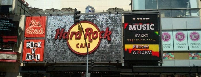 Hard Rock Cafe Hollywood on Hollywood Blvd is one of Hard Rock Cafe Hotel and Casino List.