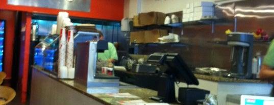 Burger Creations is one of Tempat yang Disukai Alberto J S.