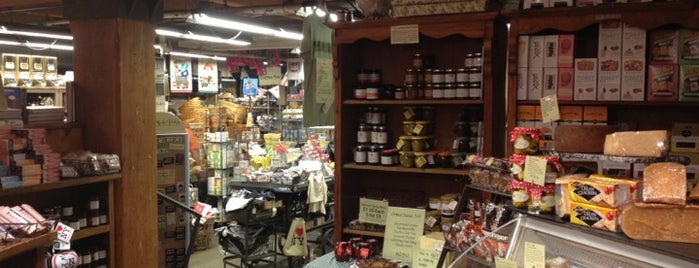 Chelsea Market Baskets is one of Whitney Member Discounts.
