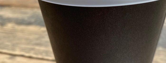Equator Coffees & Teas is one of Orte, die Ben gefallen.