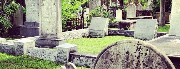 Unitarian Church Graveyard is one of SC.