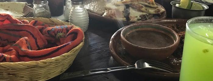 La Cocina De Doña Esthela is one of Abraham'ın Beğendiği Mekanlar.