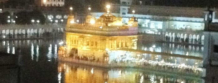The Golden Temple (ਹਰਿਮੰਦਰ ਸਾਹਿਬ) is one of World Heritage Sites!!!.