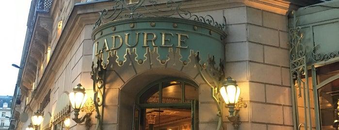 Ladurée is one of Monica 님이 좋아한 장소.