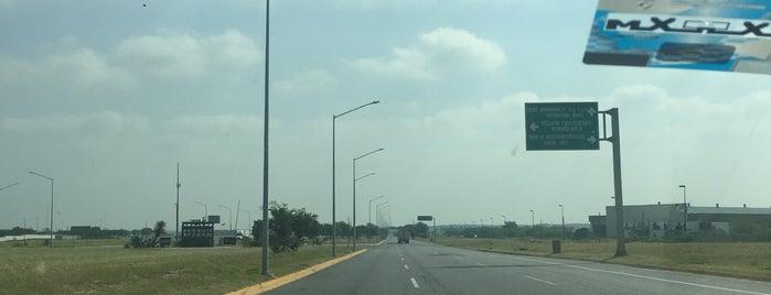 Puente Internacional Colombia-Solidaridad is one of Lieux qui ont plu à Monica.