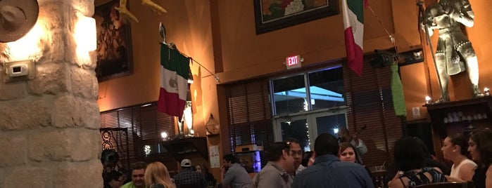 Mi Pueblito Restaurant Bar & Grill is one of Tempat yang Disukai Monica.