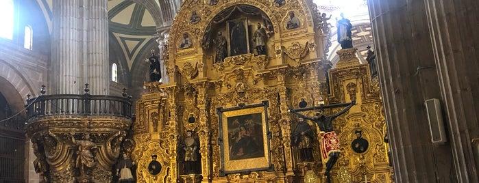 Catedral Metropolitana de la Asunción de María is one of Monica 님이 좋아한 장소.