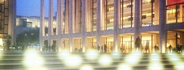 Lincoln Center for the Performing Arts is one of Lugares donde estuve en el exterior.