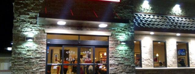 Taco Casa is one of Locais curtidos por Chris.