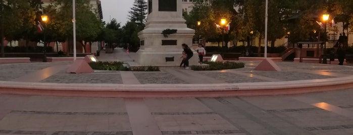 Plaza de Los Héroes is one of Rancagua.