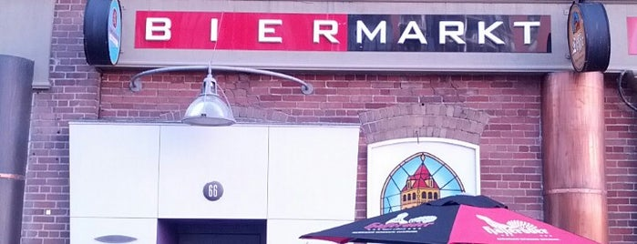 Bier Markt Esplanade is one of Toronto Spots.