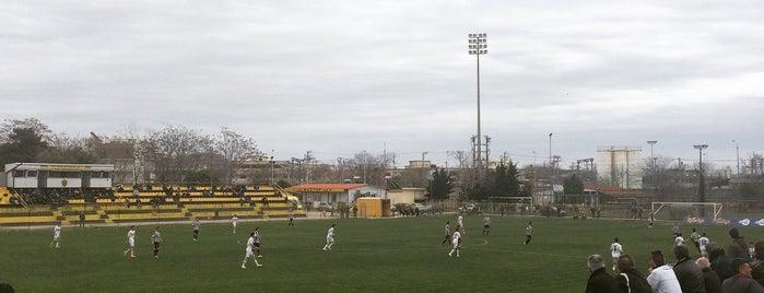 Δημοτικό Γήπεδο Ταύρου Σπύρος Γιαλαμπίδης is one of Lugares favoritos de Oksana.