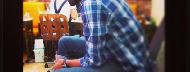 Slick Nails is one of Lugares favoritos de Elena.