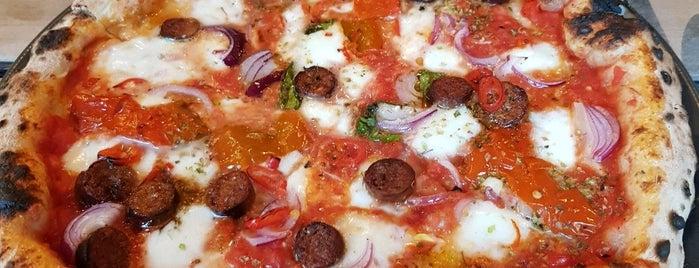 Kaja Pizza Köök is one of Salla 님이 저장한 장소.