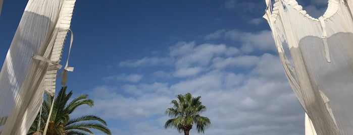 Malibu is one of Orte, die AleXandra gefallen.
