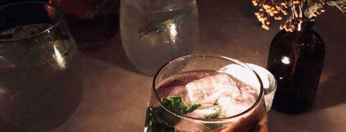 The Gin Bar is one of Ludi's Südafrika.