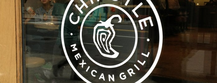 Chipotle Mexican Grill is one of Lugares favoritos de Mijael.
