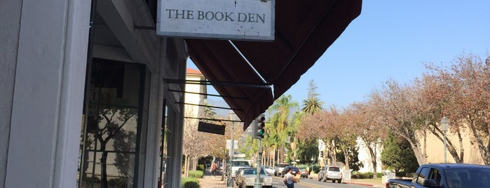 The Book Den is one of Christoph'un Beğendiği Mekanlar.