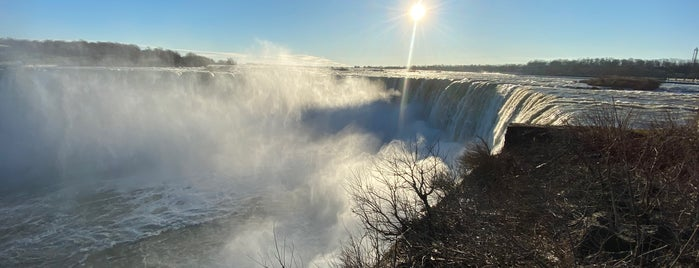 Niagara Falls (Canadian Side) is one of Christoph's Liked Places.