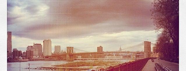 Brooklyn Heights Promenade is one of Nova York.