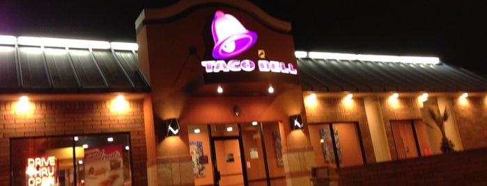 Taco Bell is one of Kelliさんのお気に入りスポット.
