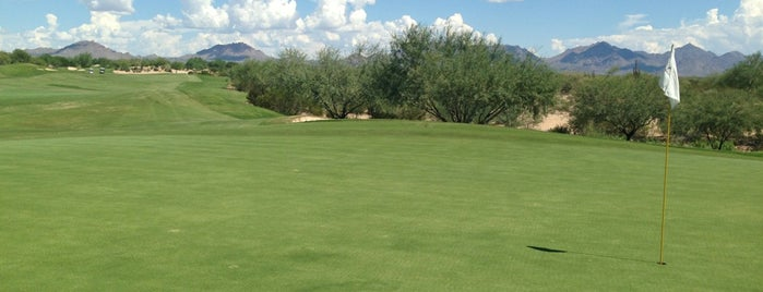 Wildfire Golf Club is one of Locais curtidos por Andrew.
