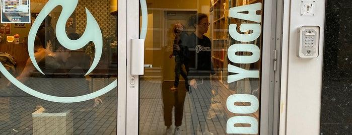 Modo Yoga Paris is one of Paris.