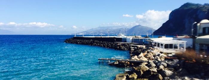 Porto Turistico di Capri is one of Italie.