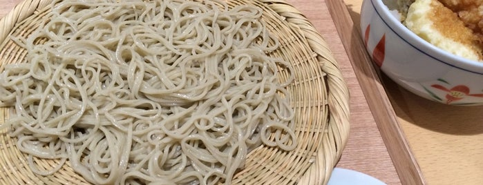 手打蕎麦 せんり is one of 松山市の蕎麦屋.