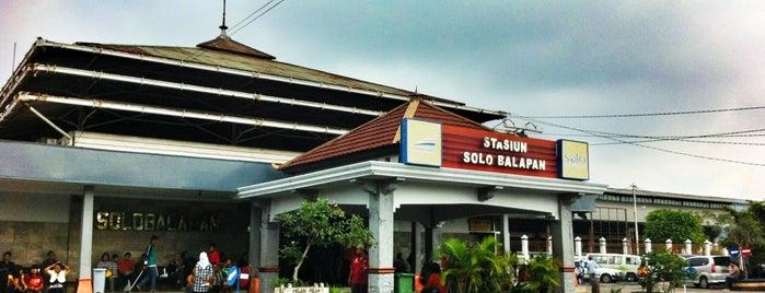 Stasiun Solo Balapan is one of Locais curtidos por Paolo.