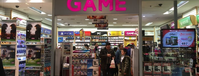 Game Grancasa is one of Lugares favoritos de Enrique.