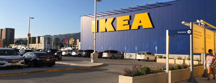 IKEA is one of Tempat yang Disukai Sarah.