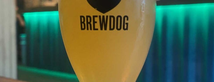 BrewDog York is one of Locais curtidos por Carl.