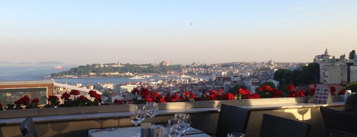 Litera is one of Istanbul Lunch and Dinner.