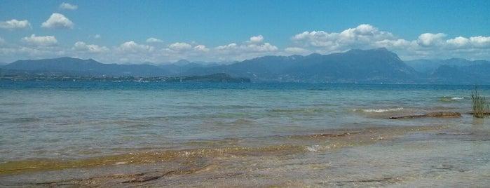 Jamaica Beach is one of 🇮🇹 Lago Garda 🇮🇹.