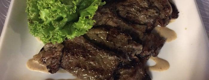 Chin Huat Live Seafood Restaurant 镇发活海鲜 is one of Posti che sono piaciuti a MAC.