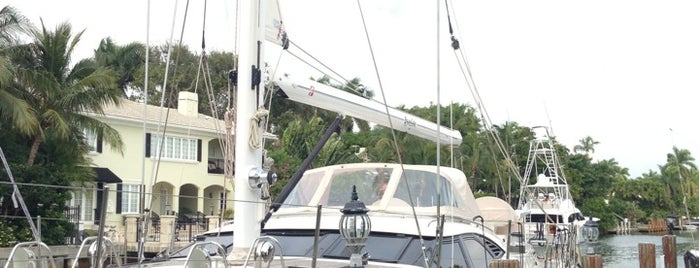 Oyster Bandido Sailboat (Ft. Lauderdale) is one of Aliさんのお気に入りスポット.