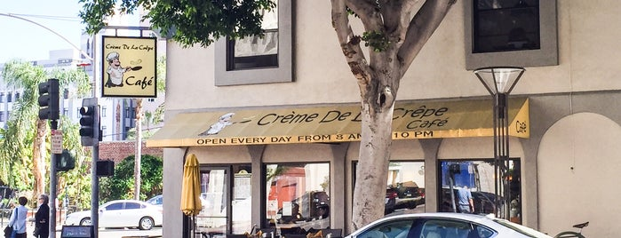 Creme de la Crepe Cafe is one of Orte, die R gefallen.