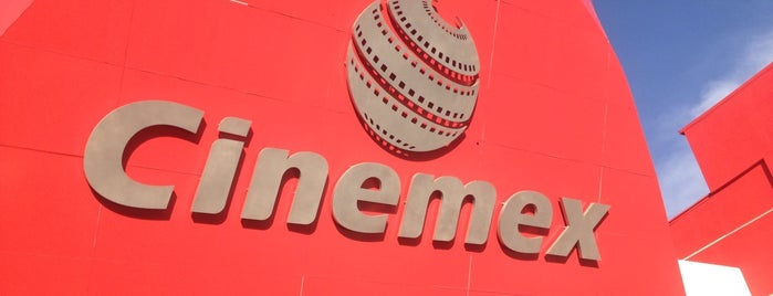 Cinemex is one of Locais curtidos por Mónica.