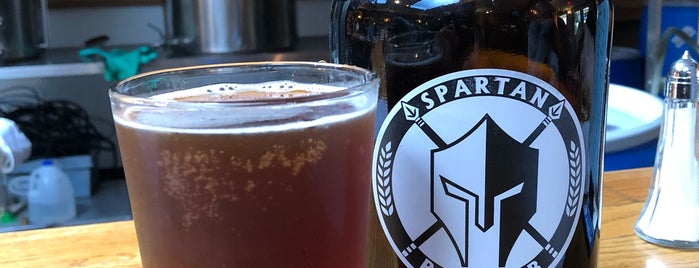 Spartan Brewpub is one of Locais curtidos por Lisa.
