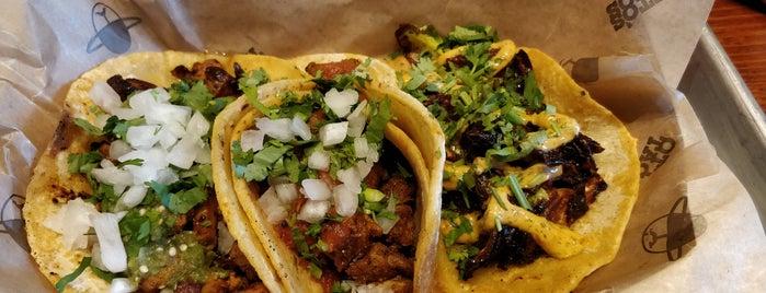 Otto's Tacos is one of Laura'nın Beğendiği Mekanlar.