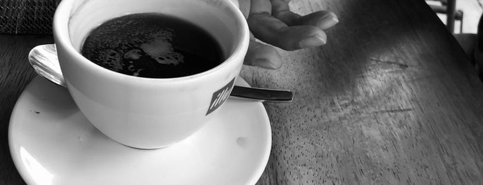 Café Toscano is one of Janer 님이 좋아한 장소.