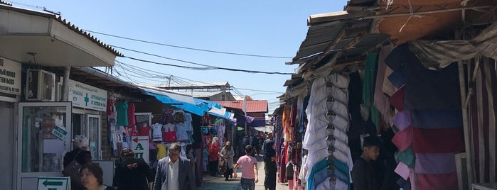 Базар / Jalalabat Open Market is one of Çağrı : понравившиеся места.