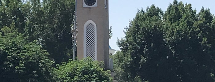 Tashkent Clock Tower is one of Lieux qui ont plu à Çağrı.