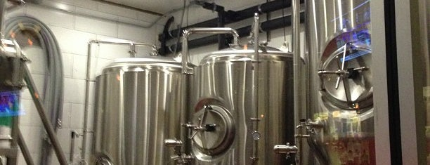 Burnt City Brewing Company is one of Chicago Bar To-Do List.