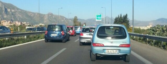 Autostrada Palermo Catania is one of Locais curtidos por Erin.