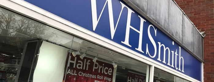 WHSmith is one of Carlさんのお気に入りスポット.