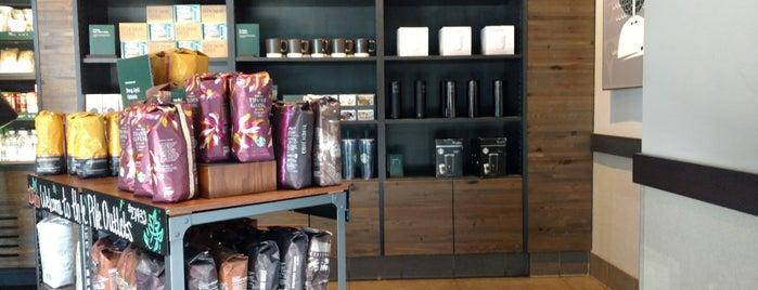 Starbucks is one of Locais curtidos por GloPau.