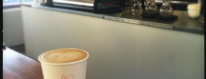 Vif Wine and Coffee is one of สถานที่ที่ Kate ถูกใจ.