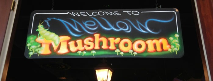 Mellow Mushroom is one of Posti che sono piaciuti a JKO.